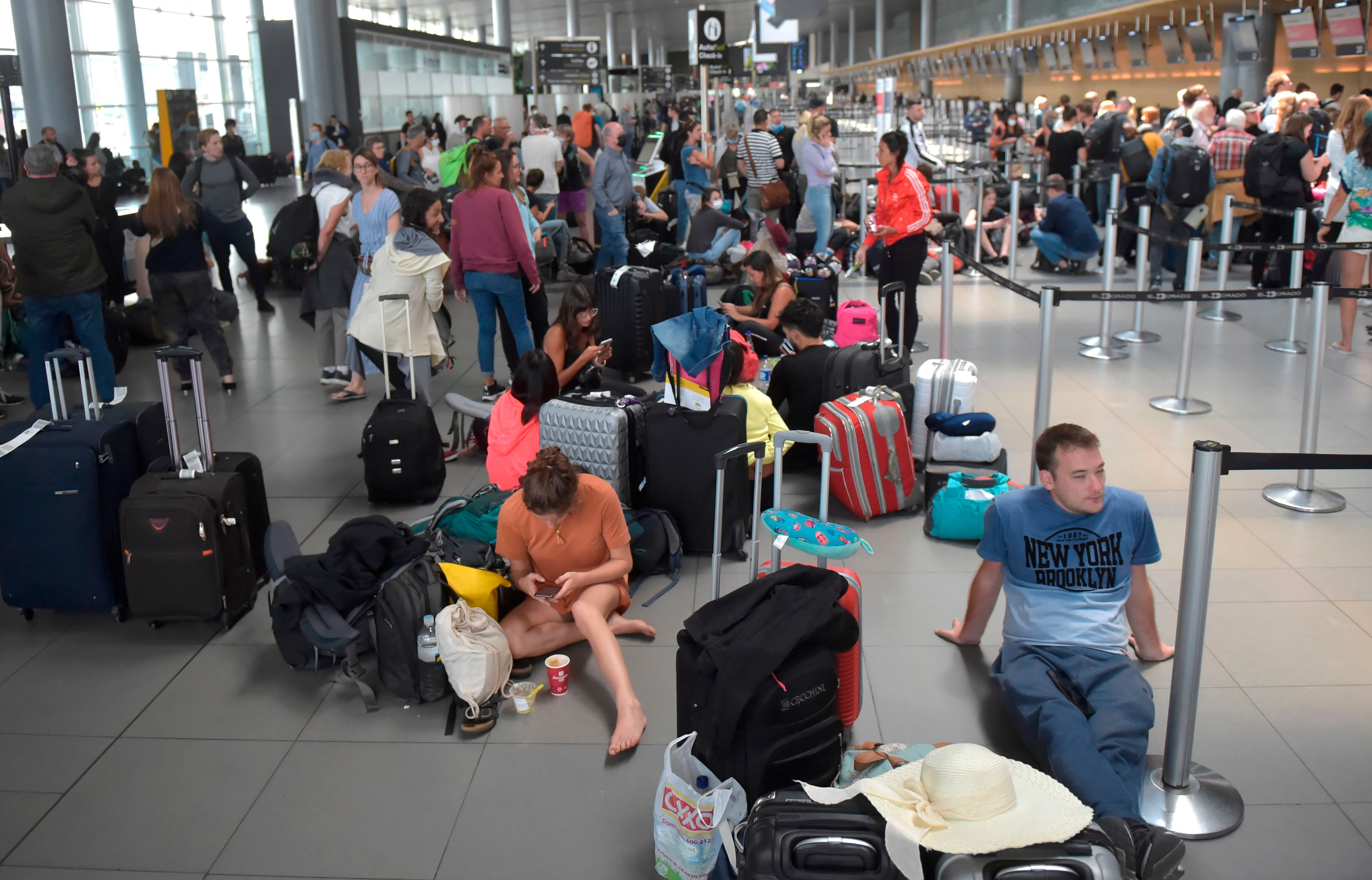 Hundreds of passengers are stuck in Colombia