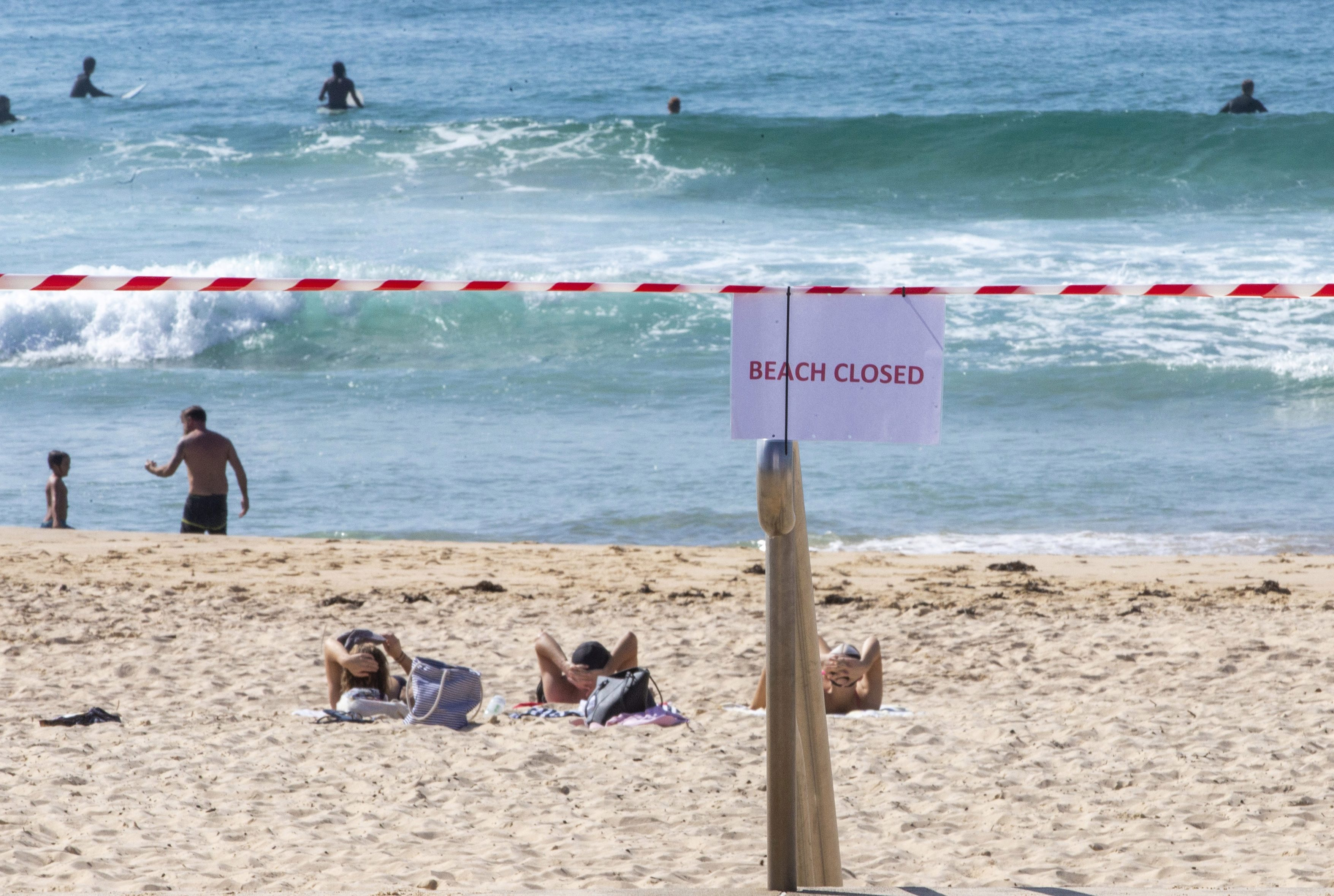 A closed sign is seen at Maroubra Beach