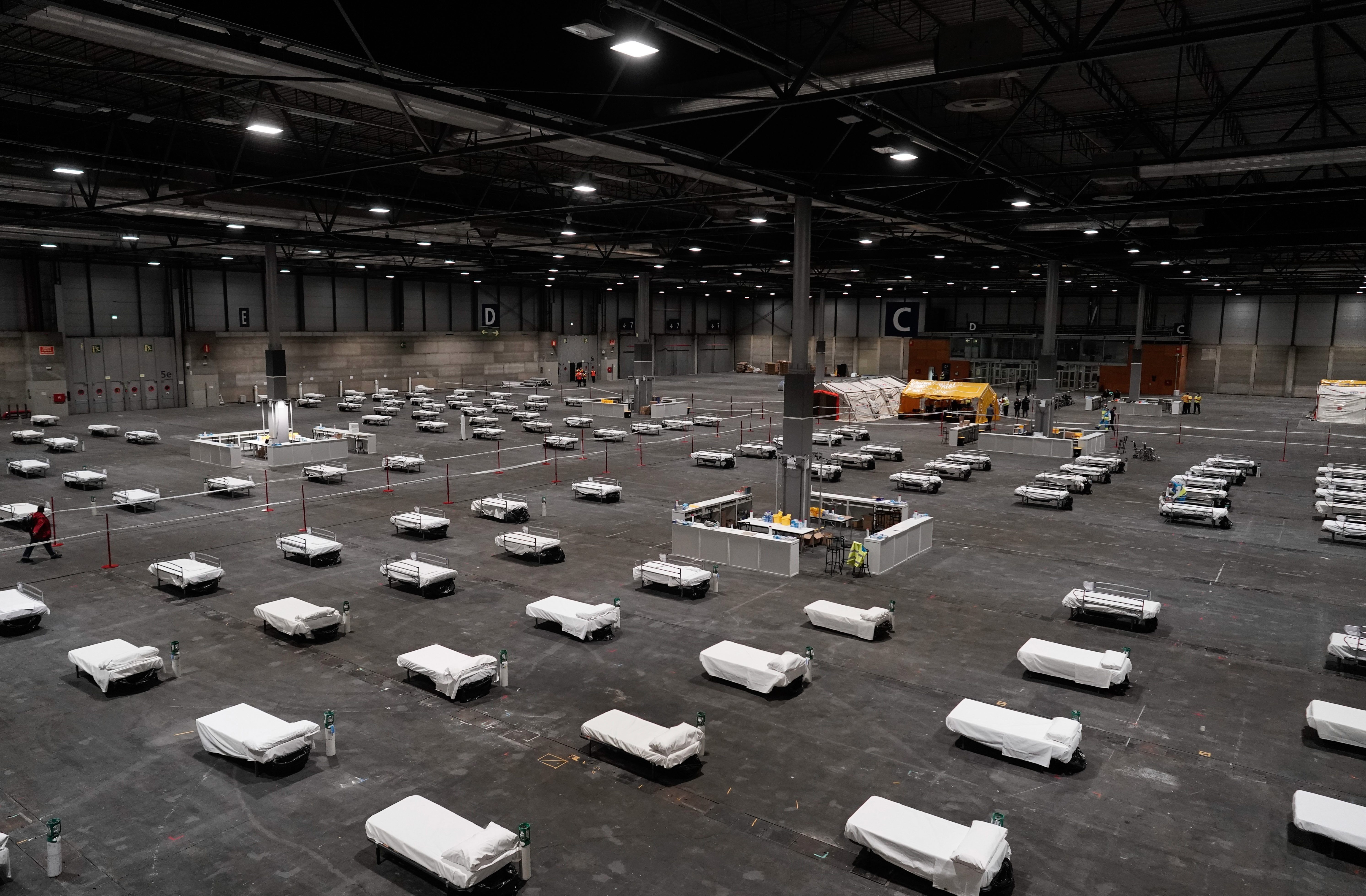The Ifema exhibition complex in Madrid is turned into a makeshift hsopital with 5,500 beds