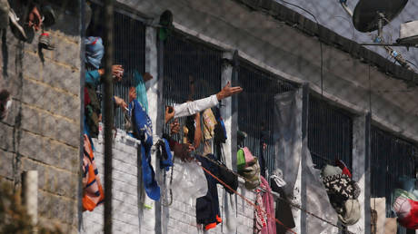 Bogota prison riot over coronavirus leaves 23 dead and 83 injured – Colombian justice ministry (VIDEOS) — RT World News