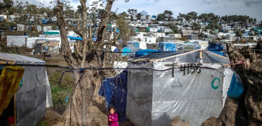 Fear Grows of a COVID-19 Outbreak in Refugee Camps
