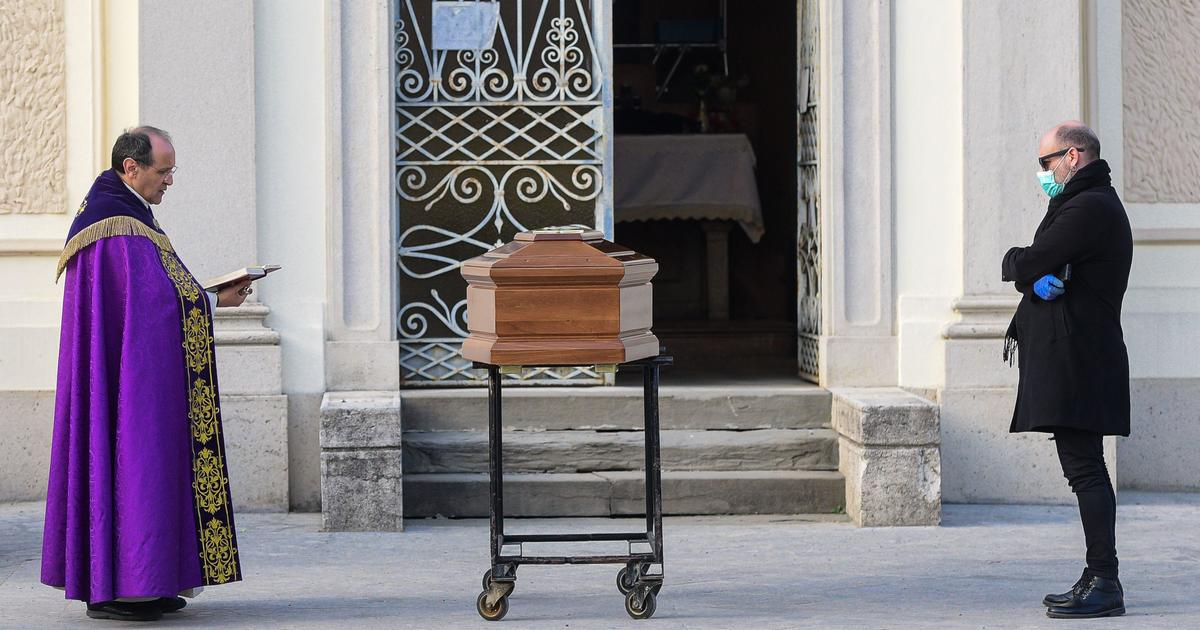 Italy has banned funerals. Now, after coronavirus patients die alone, they are buried alone too