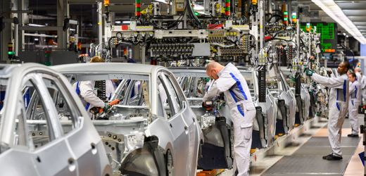 Pandemic Response: Volkswagen Moving to Suspend Production Across Europe
